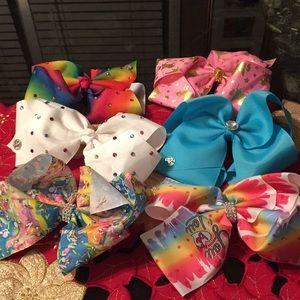 Bundle of JoJo bows alex123559